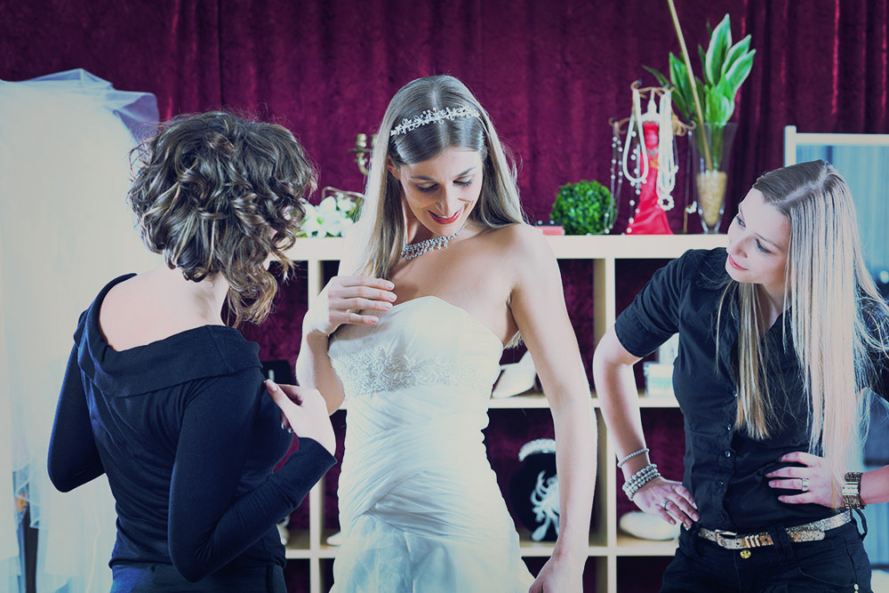 Common Wedding Dress Mistakes You Should Avoid